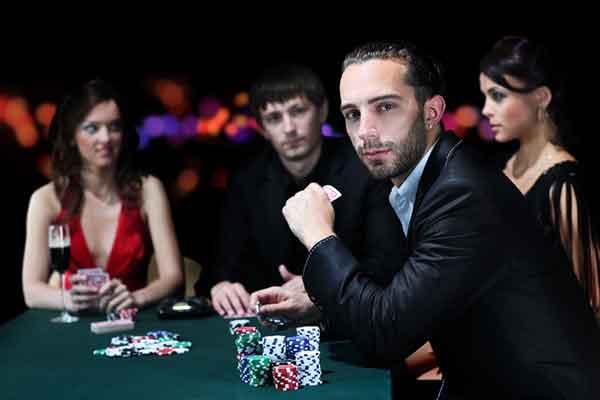 casino-dan-kartu-chip